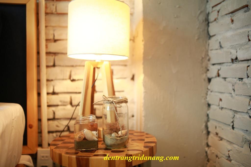Đèn ngủ đẹp ở homestay Denim House