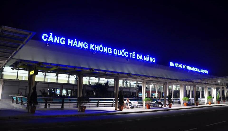 Đèn trang trí quán cafe sân bay quốc tế Đà Nẵng